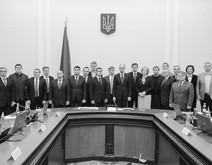 Одних назначенцев Майдан приветствовал аплодисментами, других – свистом