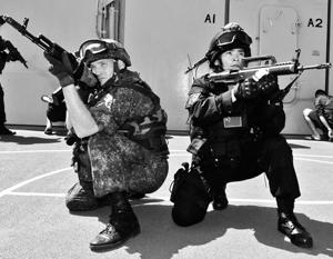 Российский и китайский спецназ в ходе учений плечом к плечу высадятся на «условно захваченный» остров в Южно-Китайском море