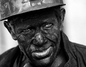 Многие шахтеры записываются в ополчение