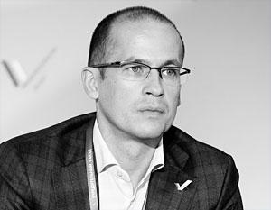 «У Народного фронта получается создавать конкуренцию на внутриполитической арене»