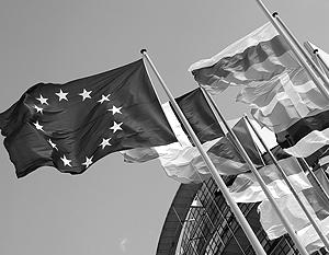 «Есть сторонники радикальных мер, но консенсуса нет, особенно с учетом нового, греческого фактора», – констатируют еврочиновники