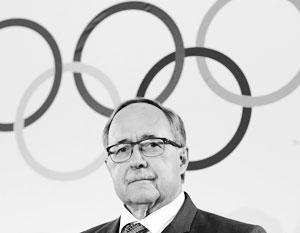 Именно комиссия Самуэля Шмида сыграла решающую роль в том, чтобы отстранить российскую сборную от Олимпиады