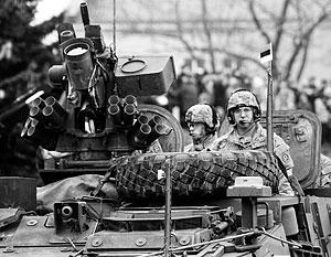 Прибалтика усиливает военные приготовления и пропаганду