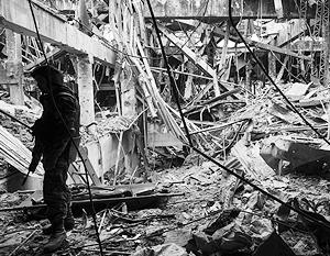 Ополченцам до сих пор никак не удавалось приступить к разбору завалов в донецком аэропорту из-за обстрелов