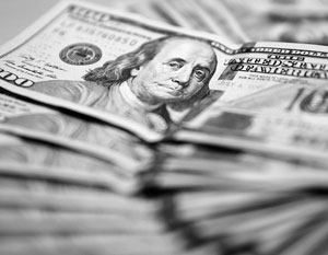 Глава МВФ Кристин Лагард снова обещает Киеву больше денег, чем, скорее всего, дадут в реальности
