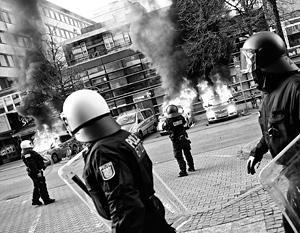 Франкфуртские полицейские были готовы к протестам, но не к погромам