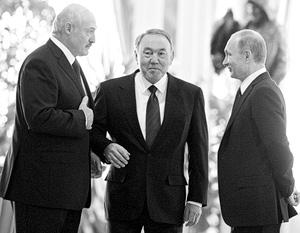 Россия, Белоруссия и Казахстан разрабатывают совместный план по преодолению кризиса