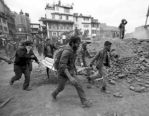 Только по предварительным данным количество жертв землетрясения в Непале приближается к 1,5 тыс. человек