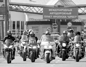 Российских байкеров не пустили в Польшу поклониться могилам своих предков