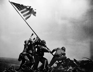 Кадр поднятия флага на Иводзиме имеет для США такое же значение, как и знаменитый кадр с крыши Рейхстага для нас