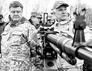 «Никогда больше украинская власть не должна стрелять в украинских людей» – это стало самым нелепым обещанием Порошенко на фоне продолжающейся АТО