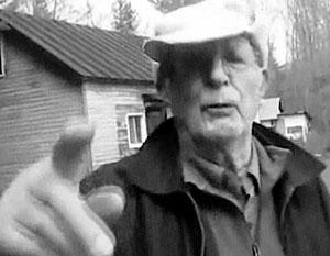 Военный преступник Владимир Катрюк продолжает вести жизнь сельского пасечника