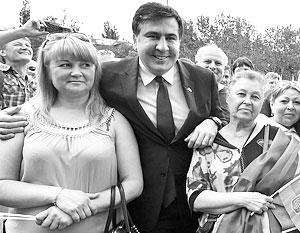 Назначение Саакашвили означает его уход из грузинской политики, подчеркивают в Грузии