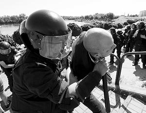 Киевской милиции пришлось взять удар на себя