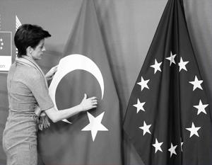 Анкара пытается воспользоваться моментом, когда Евросоюз зависит от Турции как никогда