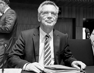 «Российский шпионаж несет отпечаток конфликта с Западом в связи с Украиной», – подчеркивает глава МВД ФРГ Томас де Мезьер