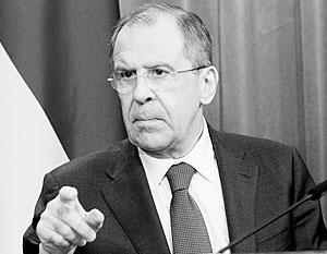 «Не будет никаких двусмысленностей – кто кого бомбит, по чьей просьбе и вопреки чьей позиции», – пояснил Лавров точку зрения Москвы