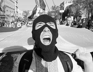 Среди потенциальных мигрантов преобладают вчерашние сторонники Майдана