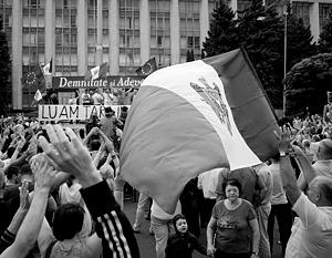 У большинства молдаван кончился лимит терпения, но они не готовы идти за унионистами или «Красным блоком»