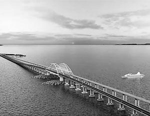 Так, согласно проекту, должен будет в итоге выглядеть Керченский мост