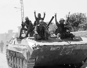 Правительственные войска начали наступление по четырем направлениям