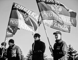 Крайне маловероятно, что биометрические паспорта станут весомым аргументом для того, чтобы сторонники самостоятельности Донбасса сдались украинским силовикам