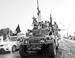 Террористы ИГИЛ регулярно получают новых рекрутов и деньги, в том числе из России
