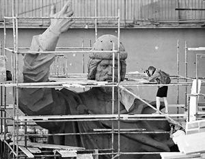 О месте установки памятника князю Владимиру продолжают спорить до сих пор