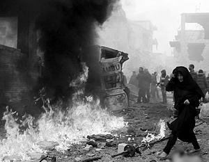 Жертвами жестокой расправы ИГ в Дейр-эз-Зор стали мирные жители осажденного города – женщины, дети, старики. Более трехсот человек убито, 400 человек захвачено в заложники