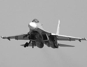 Российский Су-27 напугал американцев