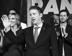 Рэнд Пол выходит из кампании, его избирателей забрал Трамп