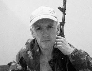 Судя по снимкам, военная романтика Донбасса Бен Стимсону понравилась