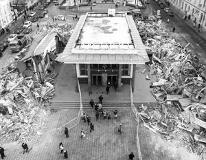 Станция метро «Чистые Пруды» двадцать лет была закрыта двухэтажным самостроем