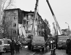 Версия теракта при обрушении подъезда дома в Ярославле исключается