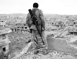 Курдских ополченцев, освобождающих свою землю от исламистов, пытаются сдержать США, позиционирующие себя в качестве союзников и покровителей курдов