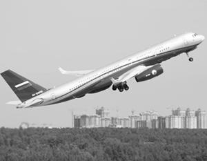 Для выполнения миссии были построены два самолета Ту-214ОН, в которых аббревиатура ОН означает как раз «открытое небо»