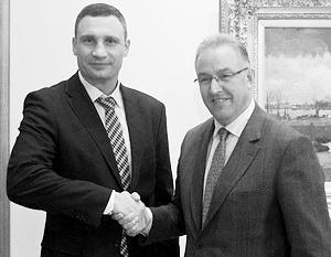 Свой агитационный тур по Нидерландам Виталий Кличко начал с визита к мэру Роттердама