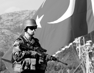 Визит на турецкую базу проходил в обстановке повышенной секретности