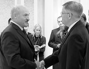 Лукашенко пришел лично проводить домой американского дипломата