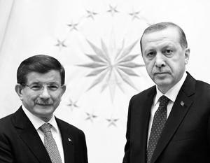Конфликт с Эрдоганом может дорого обойтись Давутоглу