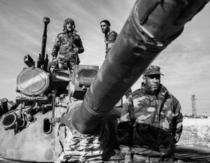 Сирийская армия при поддержке российской авиации атаковала так называемую столицу ИГИЛ