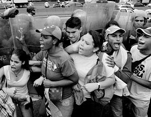 Нынешние выступления оппозиции против президента Мадуро – уже третий по счету кризис власти за время правления преемника Чавеса