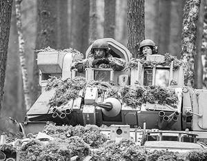 Солдат и техники НАТО становится в прибалтийских странах все больше и больше