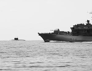 Британский фрегат «Кент» «героически» перехватил российскую подлодку, которая от него не пряталась