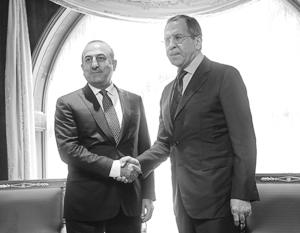 Сергей Лавров и Мевлют Чавушоглу договорились возобновить совместную борьбу спецслужб и военных обеих стран с ИГИЛ