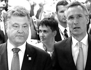 Петер Порошенко взял с собой в Варшаву Надежду Савченко, но их присутствие на саммите было слабо ощутимо