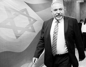 Авигдор Либерман решил, что иранские аятоллы могут помочь Израилю объединиться с ваххабитами Саудовской Аравии