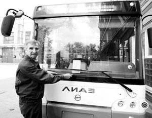 Мигранты с трудовыми патентами не смогут водить автобусы в Новосибирске