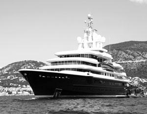 Личные яхты, замки и прочие атрибуты роскоши скоро уйдут из набора желаний российского чиновника
