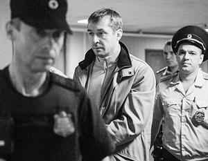Полковник Дмитрий Захарченко хранил дома больше ста миллионов долларов